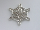 celtic knot pendant in Polished Silver