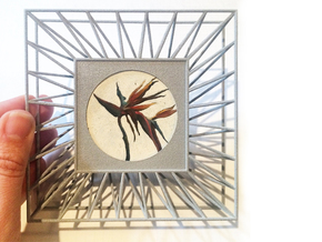 "ARTwork Frame for 2"" Diameter Canvas in Metallic Plastic"