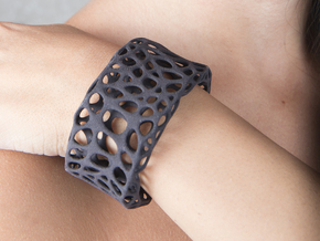 Cells Cuff (Size M) in Black Strong & Flexible