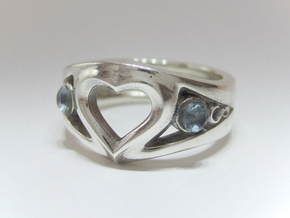 Heart Ring(Inner diameter of ring 16.7mm) in Polished Silver