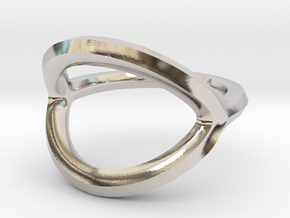Arched Eye Ring Size 11 in Platinum