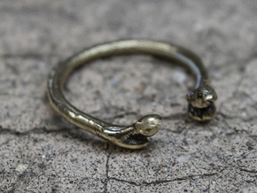 Bone adjustable Ring (Woman size) in Polished Brass