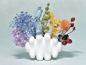Palm-sized Cloud Vase 2 in Gloss White Porcelain