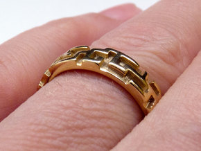 A maze ring in 18K Gold Plated