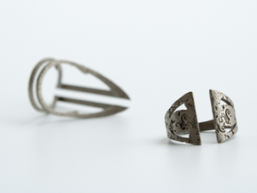 Gothic Inner Ring in Polished Nickel Steel
