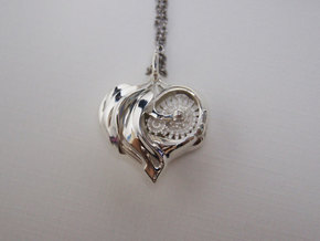 Inner workings Mech-Organic Heart in Polished Silver
