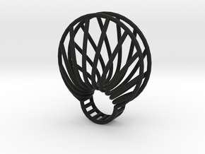 clamshell ring in Black Strong & Flexible