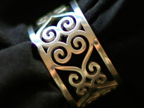 Scroll Heart Ring Size 9 in Premium Silver