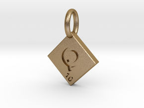 SCRABBLE TILE PENDANT Q  in Polished Gold Steel