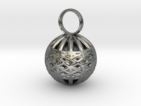 Ornament Pendant in Polished Silver