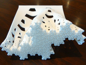 Developing terdragon curve (Large) in White Strong & Flexible