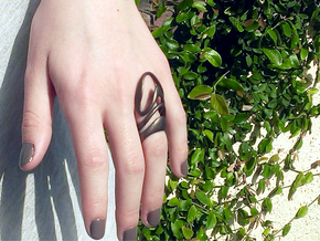 AKUSENTO Ring in Matte Bronze Steel