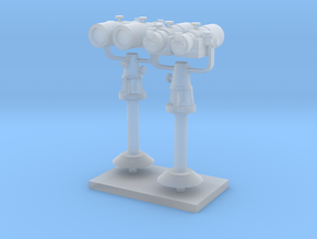1:72 scale Binoculares standard in set of 2 in Frosted Ultra Detail