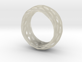 Trous Ring Size 4 in Transparent Acrylic