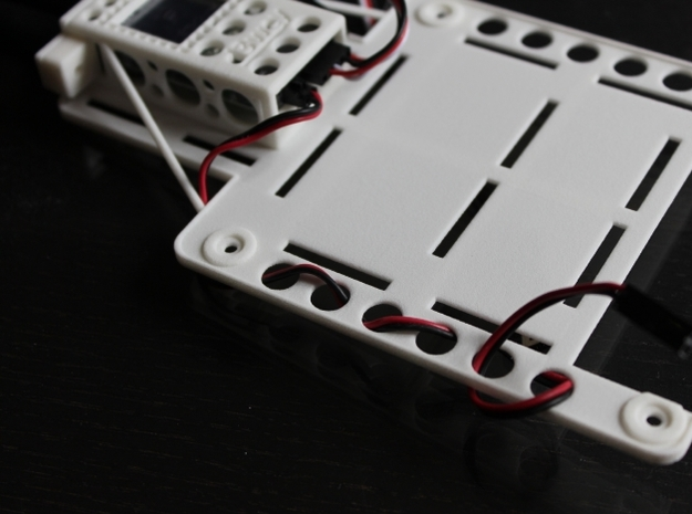 DJI Phantom Custom FPV Undertray -Fatshark (d3wey) 3d printed Up and Under cable tidy keeps cables neat