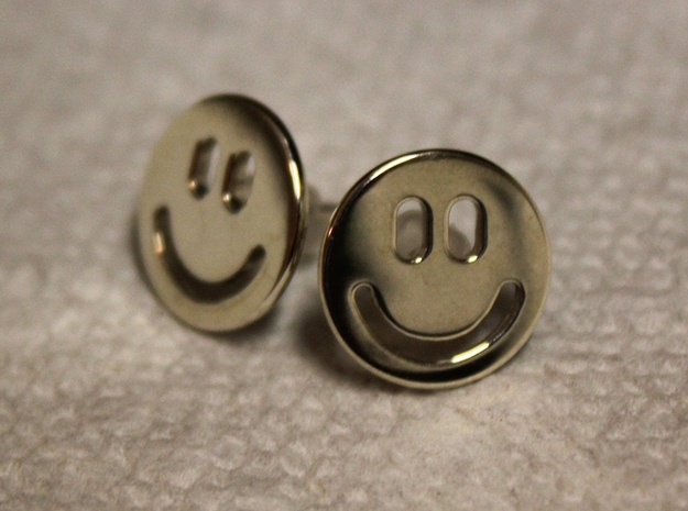 Smiley Earrings 3d printed Mirror finish