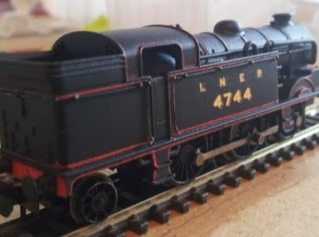 LNER N2 Body Shell 3d printed N2 Body mounted on modified Farish 3MT chassis