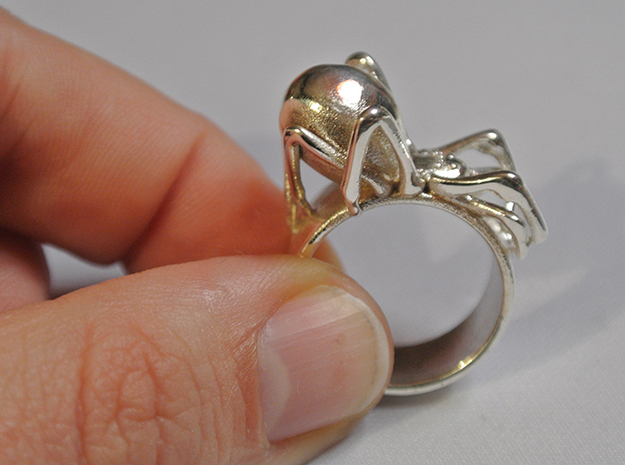 Black Widow Ring - 18 mm 3d printed Polished Silver