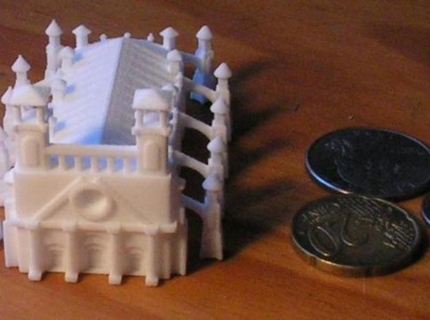 Gothic Style Cathedral 3d printed Photo2 with US Dime, Quarter, and 20 cent euro piece