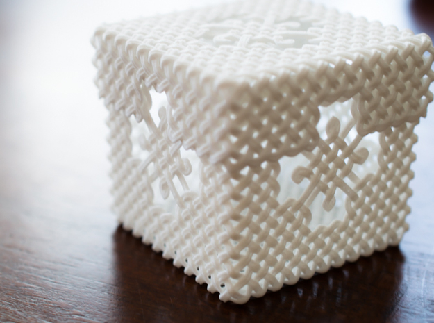 Woven Jewelry Box 3d printed This photo includes the bottom piece which must be ordered separately.
