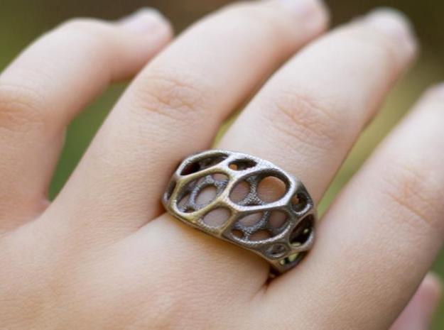 2-Layer Twist Ring 3d printed in Stainless Steel on a hand