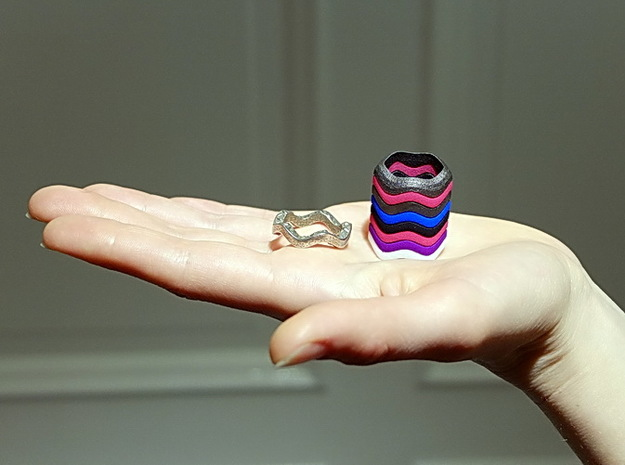 """Hitten Hearts "" two or more parts fits together 3d printed you can build a tower to your finger"