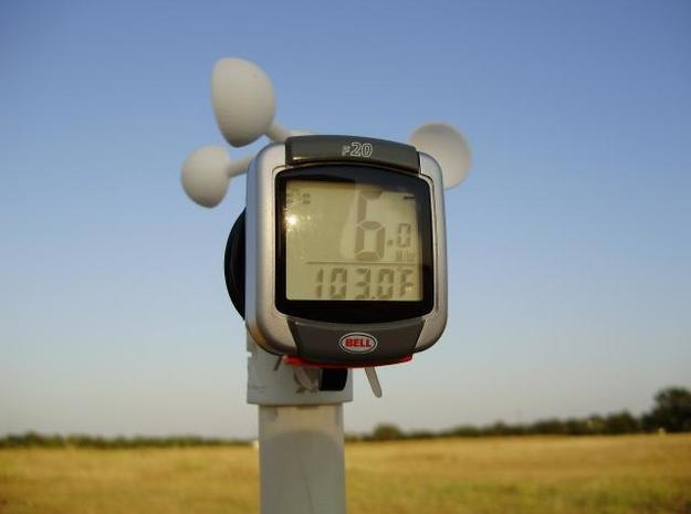 Mini D.I.Y. Wind Meter 3d printed Flying on a hot summer day.