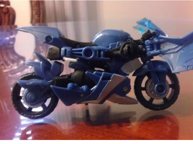 NANCY homage She-bop For TFP RID RC R 3d printed She-Bop Head placement on TF Prime Deluxe Arcee alt mode