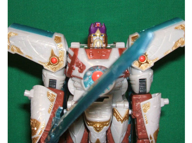 Alpha Trion homage Lord Valen for TF Voyager Vecto 3d printed Painted Valen Head on TF Voyager Vector Prime (by Ianj)