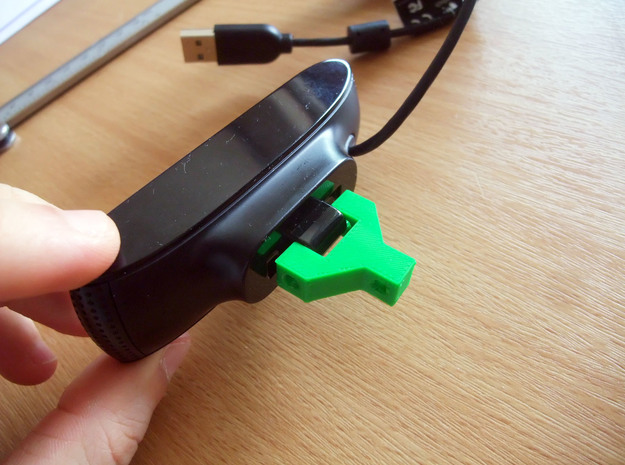 logitech C910 webcam mini-mount on lamp arm 3d printed