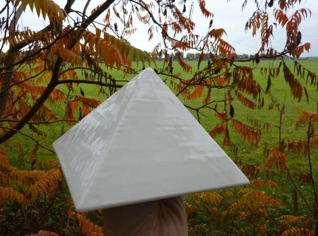Ceramic Pyramid 10cm Height 3d printed