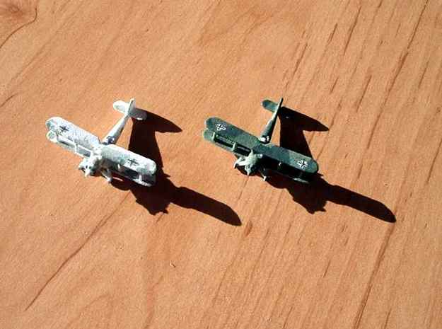 1/300 Heinkel He 50 x 4 3d printed Two painted models