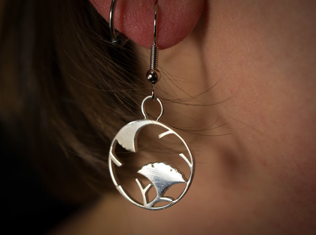 Japanese Crest Earrings 3d printed Printed in silver glossy