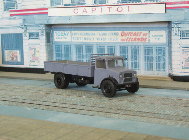 1:43 Bedford OY Cab & Chassis (single fuel tank) 3d printed Fitted with dropside body