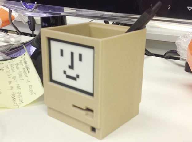 Apple Macintosh pen / card holder 3d printed The real thing.