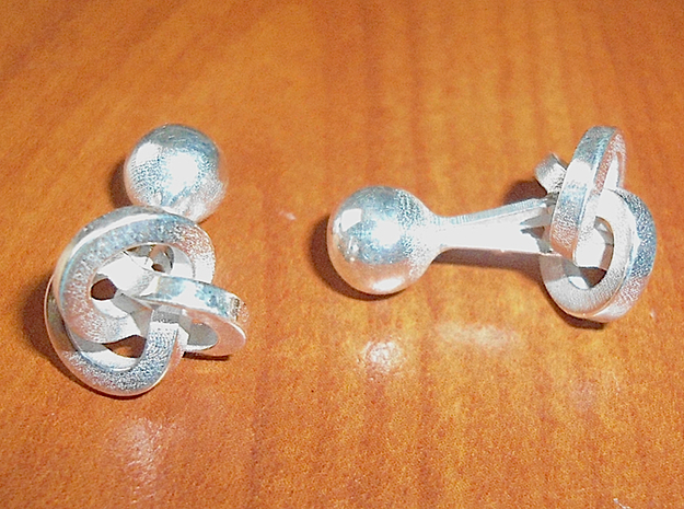 Trefoil Cufflinks 3d printed Front and Right Views [Polished Silver]