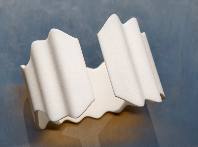 Waves Bracelet or Napkin holder - White String & Flexible - Photo
