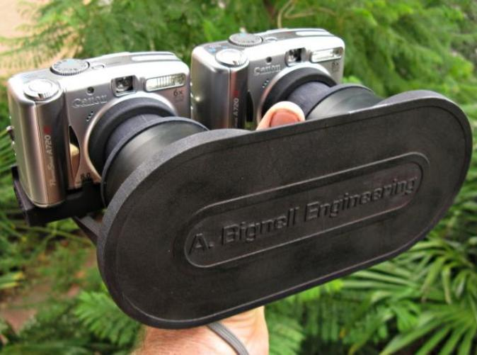 The lens cap in use