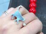 [Ring]Kitty play with a Ball (size 8)