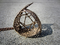 The Tri-leaf Pendant Necklace in Stainless Steel