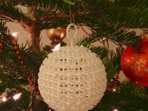 Starry Christmas Ball D40 in White Strong & Flexible