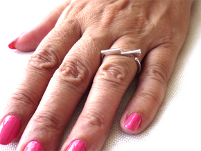 Adjustable ring. Basic model 6. in Fine Detail Polished Silver