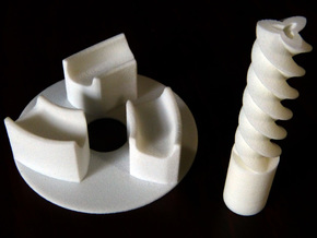 Base plate and axle for Triple gear in White Natural Versatile Plastic