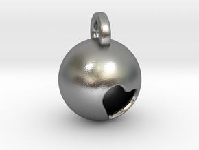 Minimalist Pluto Pendant in Natural Silver