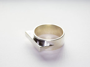 JetSet Triangle Ring, Size US8 in Polished Silver