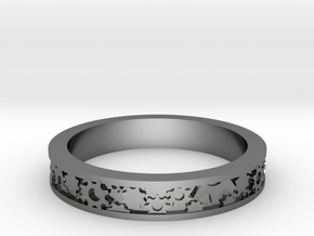 Gear Themed Ring: Size 7 3/4 in Fine Detail Polished Silver