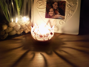 Hedera Tealight Holder- Small in White Natural Versatile Plastic