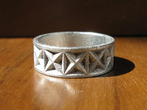 Gothic Star Geometry Ring in Frosted Ultra Detail