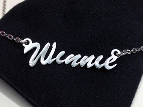 Name Necklace Pendant - Winnie in Fine Detail Polished Silver