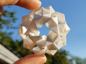 Pinwheel Lattice - 5.6 cm in White Strong & Flexible